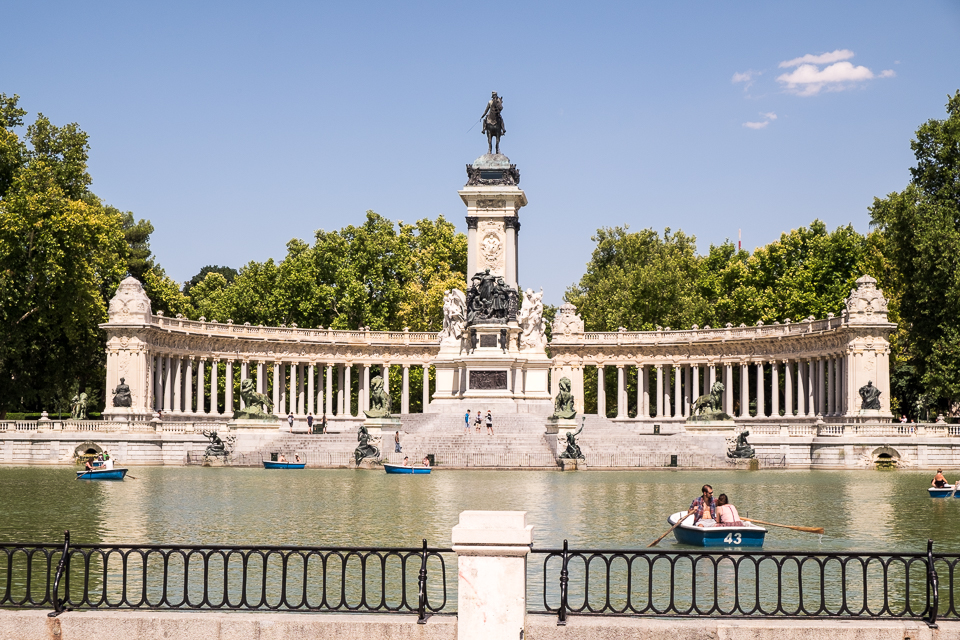 Retiro Park - rowboats for rent, people sunbathing, or just hanging out. The park is a really nice break from the hustle and bustle of the city.